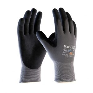 Maxiflex Ultimate – anti-perspirant gardening gloves.