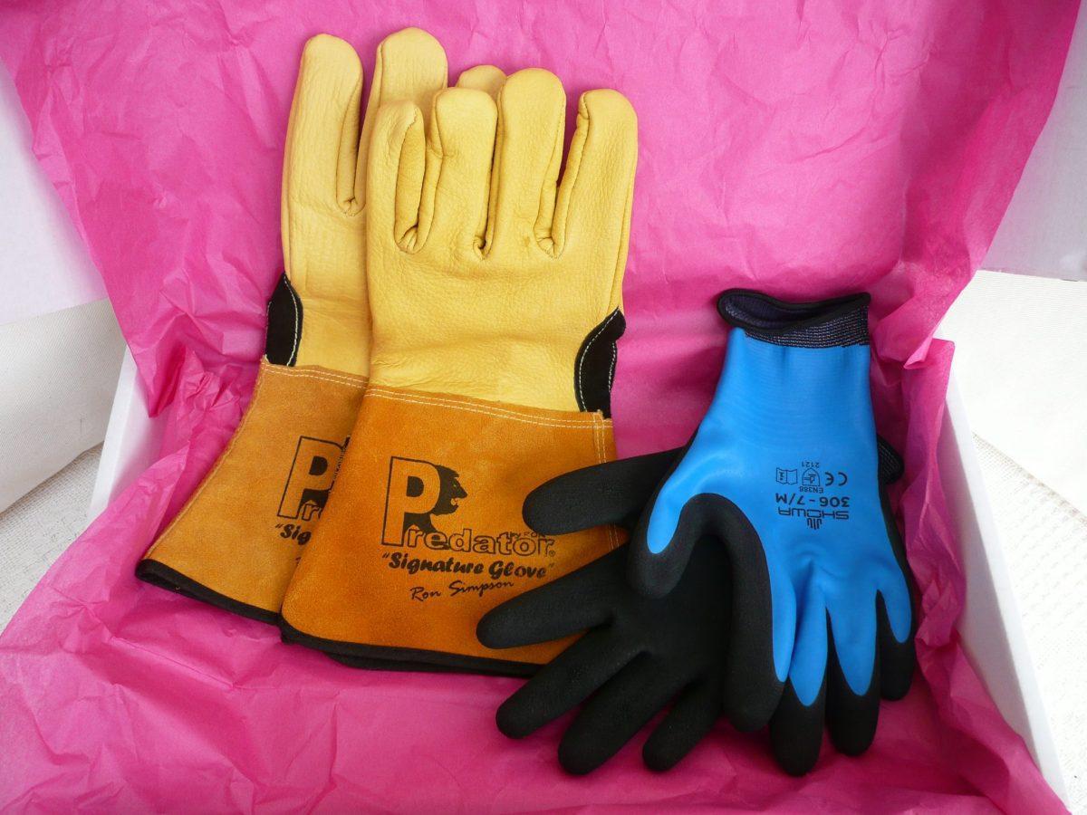 089 Predator gauntlet and Showa 306 Water resistant palm Grip glove