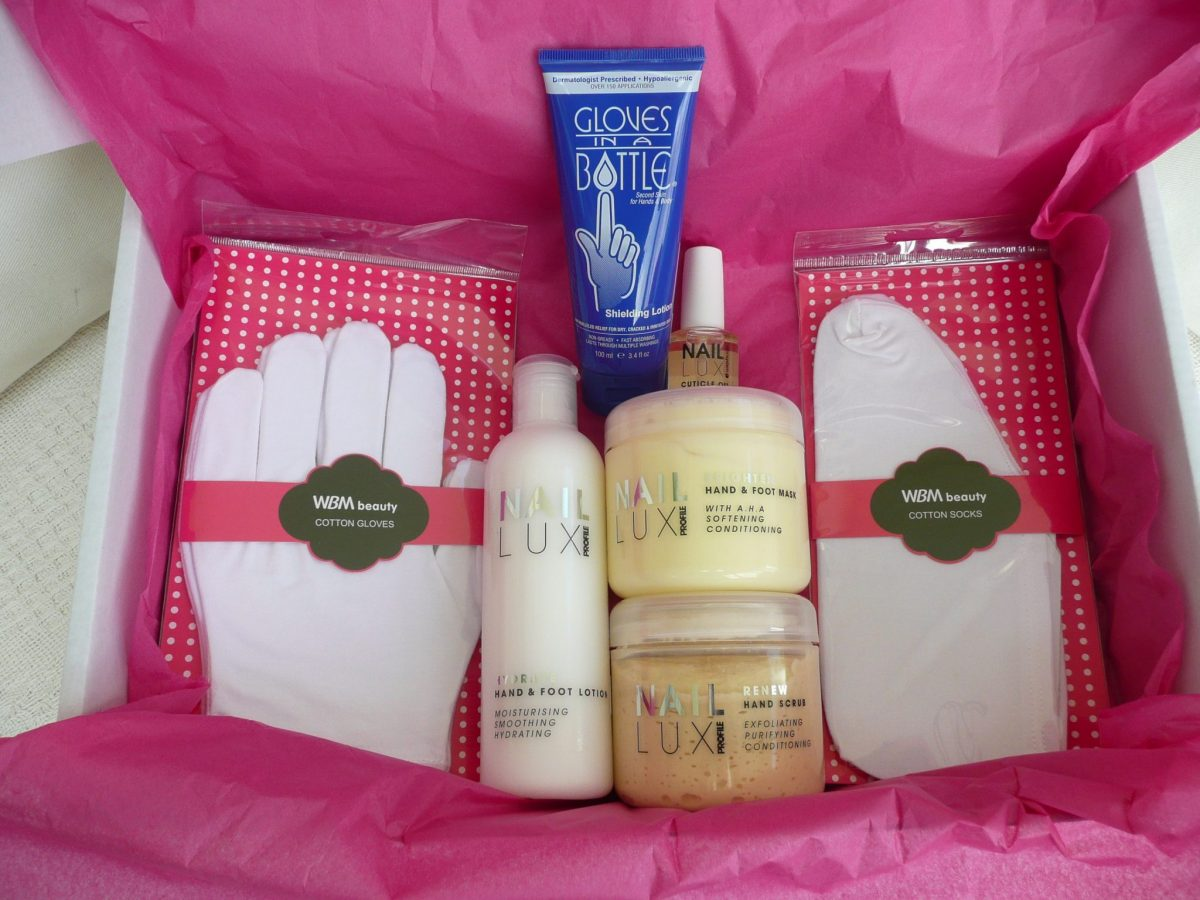 100 Beauty box Nail Lux scrub, mask, lotion, cuticle oil, Gloves in a bottle, Cotton gloves and socks
